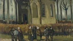 Een detail van het Van Gogh-schilderij 'Het Uitgaan van de Hervormde Kerk van Nuenen' dat nu in Amsterdam weer is te zien. (Van Goghmuseum Amsterdam, Vincent van Goghstichting)