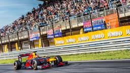 Max Verstappen tijdens zijn recordrace (foto: Jumbo).