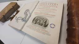 Kerncollectie Augustijnen met bijzondere boeken naar Universiteit van Tilburg (foto: Collin Beijk)