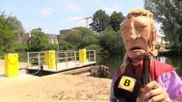 """Ferry van de Zaande onthult zijn eigen ferry in Tilburg maar gaat 'm niet gebruiken: """"ik ga niet op zo'n badkuip zitten'"""