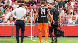 Sam Lammers raakte tijdens het duel om de Johan Cruijff Schaal geblesseerd (foto: VI Images).