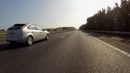 Het asfalt van de A50 moet worden vervangen.