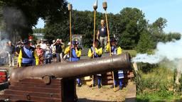 Kanonsvuur op de nationale feestdag van  de Vrijstaat Land van Ravenstein.