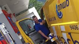Michel van Hooijdonk uit Breda reist met zijn ANWB-busje door Frankrijk