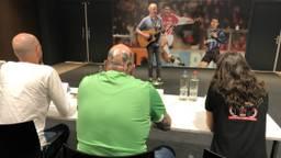 PSV-fans doen auditie voor 'De Stem van PSV'. (Foto: Imke van de Laar)