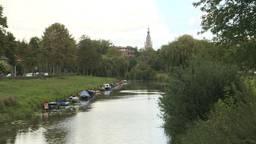 Bootjes in de Aa of Weerijs in Breda. (foto: Raoul Cartens)
