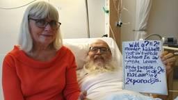 Stadsprediker Arnol Kox ligt ernstig ziek in het Catharina Ziekenhuis.