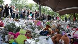 De herdenkingsplek na het spoordrama (foto: Kevin Cordewener).