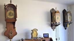 Eén van de klokken in het huis van Gerard (Foto: Gerard  van Vonderen).