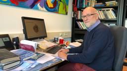 'Huilprofessor' Ad Vingerhoets neemt afscheid van Tilburg University, maar gaat eigenlijk nog lang niet weg. (foto: Tom van den Oetelaar)