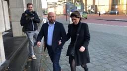 Marco Kroon komt samen met zijn vrouw aan bij de militaire rechtbank. Foto: Paul Post.