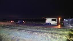 De voertuigen die bij het ongeluk bij Beek en Donk betrokken waren (foto: Harrie Grijseels/SQ Vision).