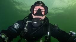 Nederlands Kampioen Onderwaterfotografie 2019 René Weterings in zijn favoriete habitat (Foto: René Weterings).