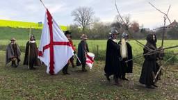 Spanjaarden in historische kledij bij de herdenking.