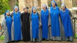 Zuster Maria Foederis Arca staat helemaal rechts. (Foto: privé)