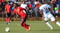 Saïd Ali Hussein (rechts) in de wedstrijd tegen Oeganda. ( Foto: Omroep Brabant)
