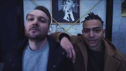 Arjen Lubach en rapper Fresku (beeld: YouTube/Zondag met Lubach)