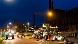 Boeren bij de Amercentrale (Foto: Marcel van Dorst / SQ Vision)