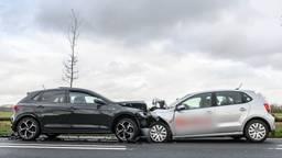 Frontale botsing Bredaseweg Chaam (foto: Tom van der Put / SQ Vision Mediaprodukties)