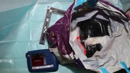 De plastic zak waarin fentanyl zat. (Foto: Openbaar Ministerie)