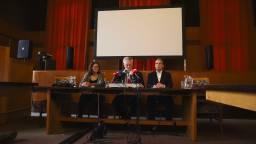 De persconferentie, met links Ariene Rietveld en rechts Jean-Luc Murk (foto: Lisa van Acquoij).