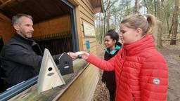 Bij Klimrijk Brabant in Veldhoven kun je betalen met een vogelhuisje.