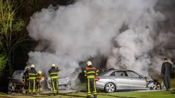 De drie taxi's die door het vuur werden getroffen (foto: SQ Vision/Jack Brekelmans).