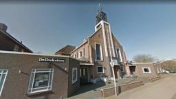 Het gebouw van de Gereformeerde Kerk Nieuwendijk. (Bron: Google Streetview)