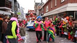 De carnavalsoptocht in Kaaiendonk in betere tijden. (Archieffoto: Karin Kamp)