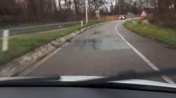De twee vlakken waar automobilisten weinig grip hebben (Foto: Wijkagent Drunen)