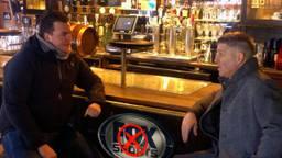 De kroegbazen Johan de Vos en Peter Rietveld willen geld terug van FOX Sports.