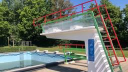 De duikplank blijft dit jaar leeg bij zwembad Blankershove in Oud Gastel