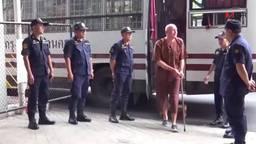 Johan van Laarhoven, toen nog bij de rechtbank in Thailand (foto: Youtube).