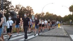 Honderden mensen liepen mee als eerbetoon aan Jurre (Foto: Remco de Ruijter).