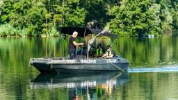 Er werd met sonar gezocht naar de man (foto: SQ Vision Mediaprodukties).