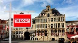 Het college van B en W wil het stadhuis verkopen. (Beeld: Omroep Brabant)