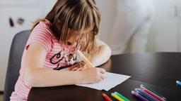 Kinderen mogen op maandag thuisblijven als een docent in het weekend ziek blijkt (foto: Pexels).