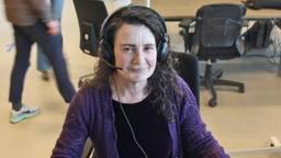 Wilma Richter werkt mee aan het bron- en contactonderzoek (foto: Karin Kamp).