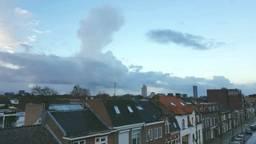 Volgens twitteraar Klaas Willem Boersma is deze wolk verantwoordelijk voor de enorme donderknal en hagelbui (foto: Klaas Willem Boersma).