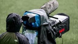 Jong Ajax - NAC wordt niet uitgezonden, waardoor veel supporters de wedstrijd niet kunnen zien (Foto: OrangePictures)