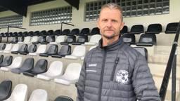 Brabantse amateurvoetbalclubs komen honderden scheidsrechters tekort om alle wedstrijden in het weekend te kunnen leiden.