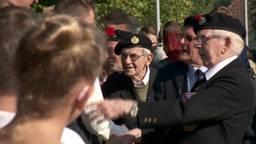 Oorlogsveteranen bezoeken de Taalbrug in Eindhoven