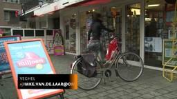 Drukte bij tabakszaak in Veghel waar lot van zes miljoen euro werd verkocht