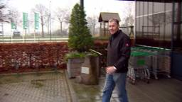 Ron Zwanenburg woont pal tegenover de vliegbasis: 'we lopen al met oordoppen in'