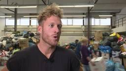 De actie 'doneer-je-deken' leverde vijf vrachtwagens met hulpgoederen op