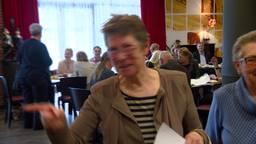 Koning Willem-Alexander brengt verrassingsbezoek aan wijkzusters in Fijnaart