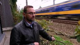 'Treinen denderen langs onze achtertuinen', Sharon Dijksma op bezoek in Moerdijk