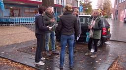 Vrienden en familie zoeken wanhopig naar een teken van leven van Marc de Bonte
