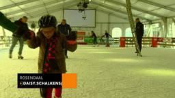 Blinden op de schaatsbaan: 'Fijn dat je nu niemand omver kunt schaatsen'