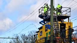 Vrijdagavond weer treinen tussen Eindhoven en Weert: bovenleiding bij Geldrop wordt gerepareerd